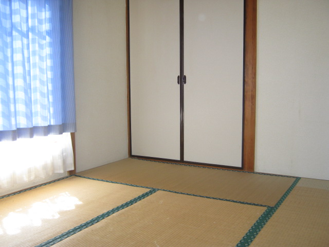 明美荘 201号室の収納