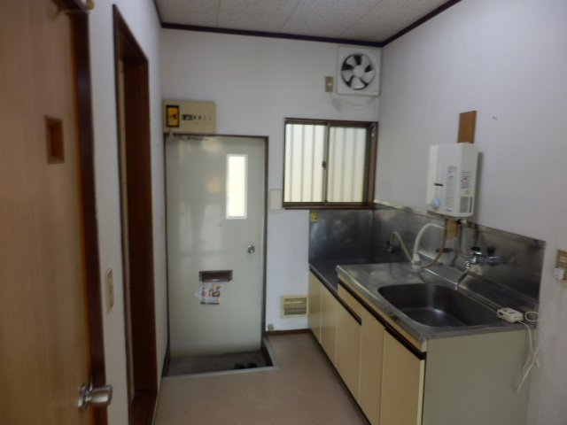 G・グローリーⅠ 102号室のキッチン