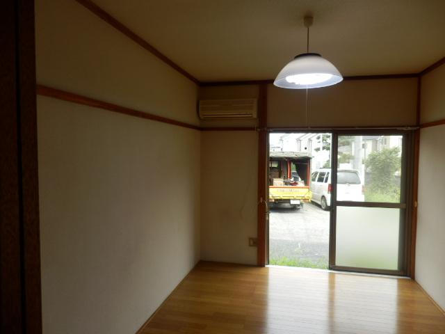 G・グローリーⅠ 102号室の居室