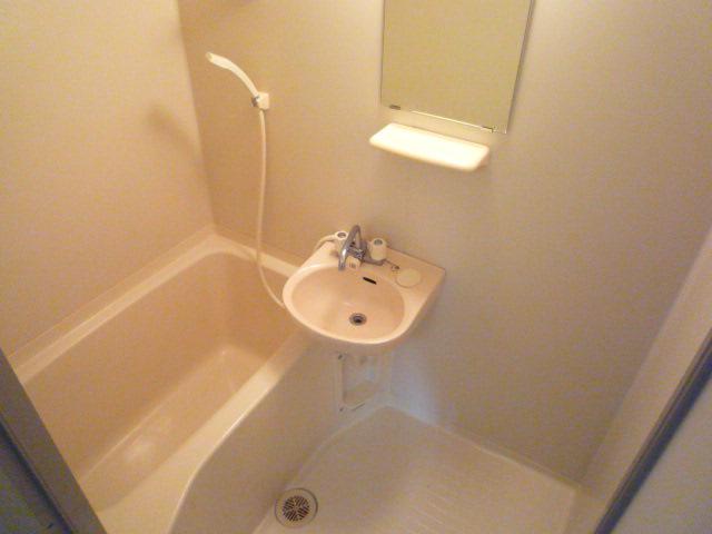 ホリホックイン八幡 307号室の風呂