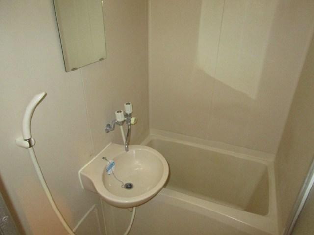助信モンドEAST 102号室の風呂