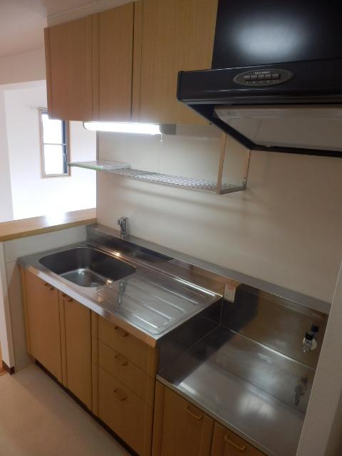シルヴァーノ 106号室のキッチン