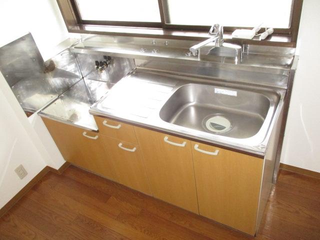 シティハイムレインボーⅡ 222号室のキッチン