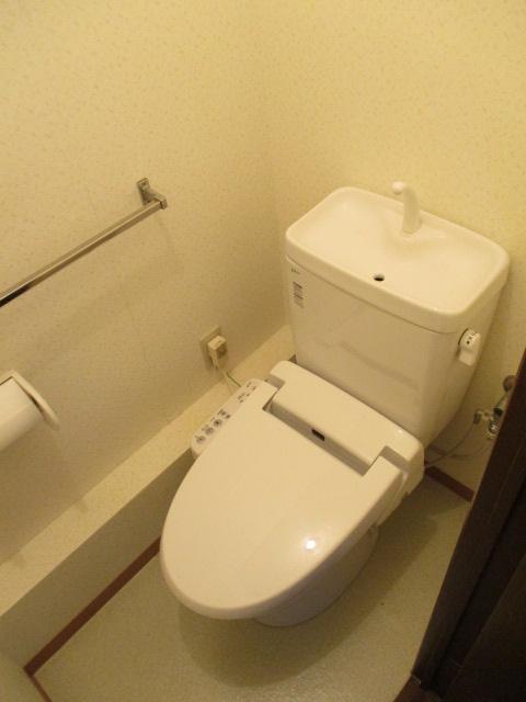 シティハイムレインボーⅡ 222号室のトイレ