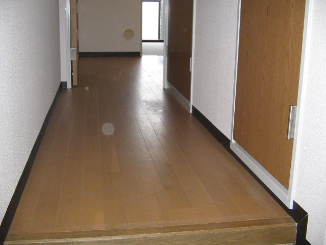 ライオンズマンション川崎第14 406号室の玄関