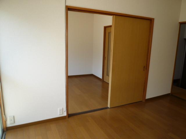 第一荒中荘 2D号室のリビング