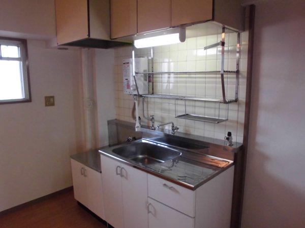荒中マンション 403号室のキッチン
