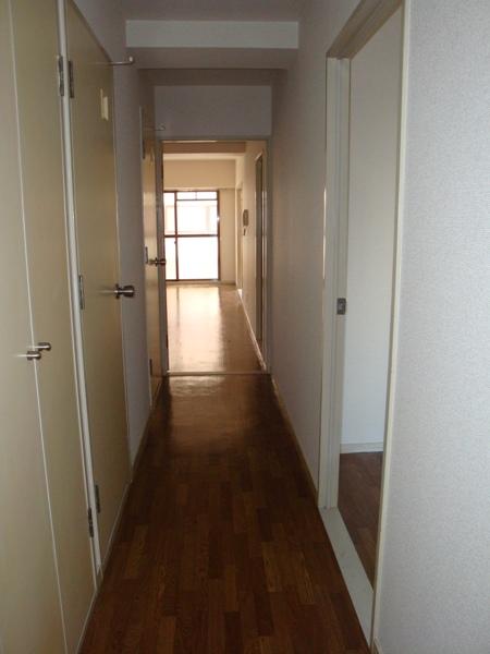 第2高杉マンション 103号室の玄関