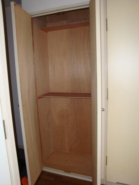 第2高杉マンション 103号室の収納