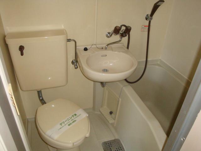 リトルタウン恵 302号室の洗面所
