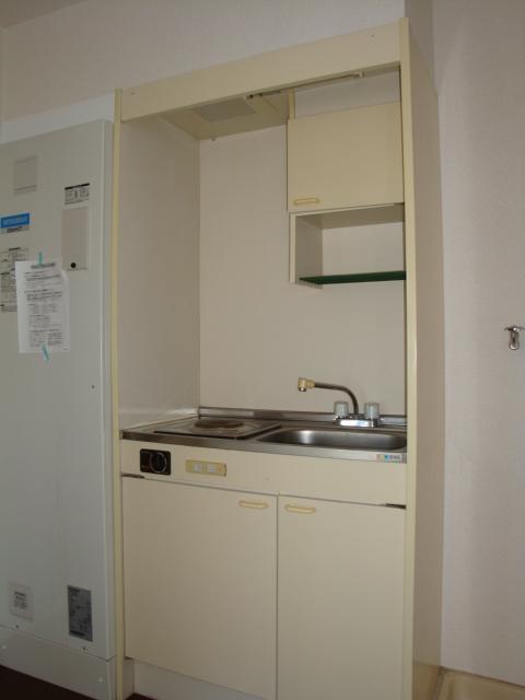 リトルタウン恵 302号室のキッチン