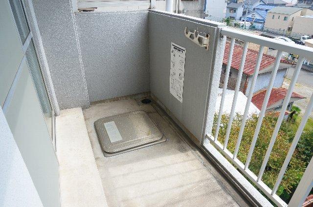 篠原橋マンション 6A号室のバルコニー