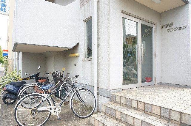 篠原橋マンション 6A号室のエントランス