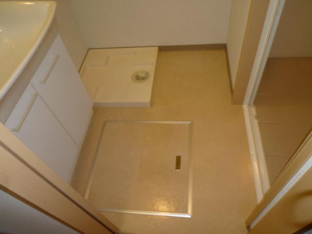 クリエイトハウス荒子 401号室の洗面所
