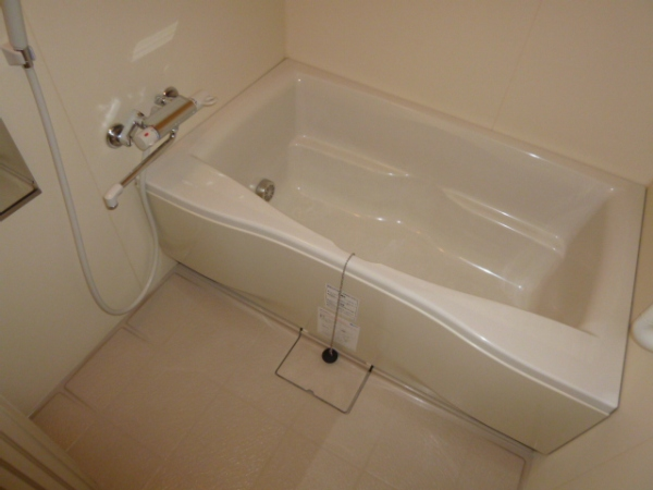 クリエイトハウス荒子 401号室の風呂