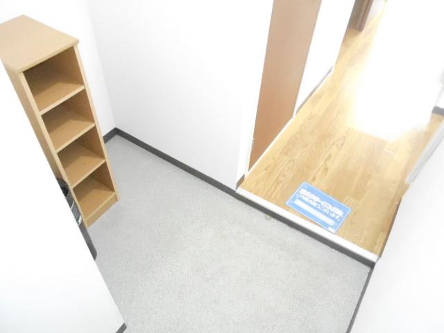 シルフィード 104号室の玄関