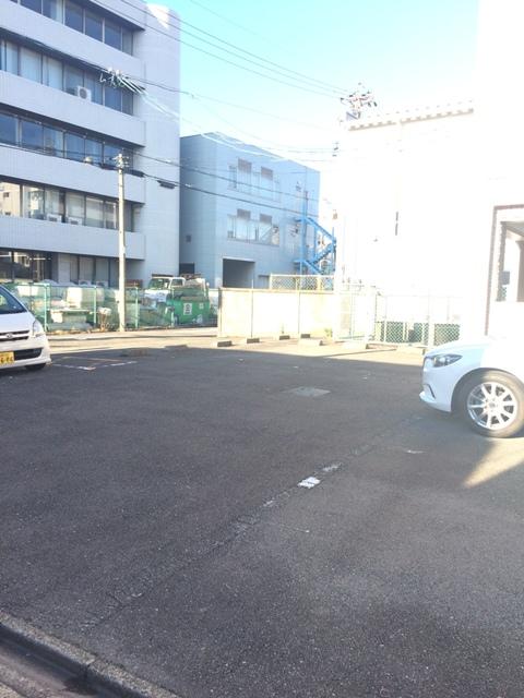 三鈴シティ 503号室の駐車場