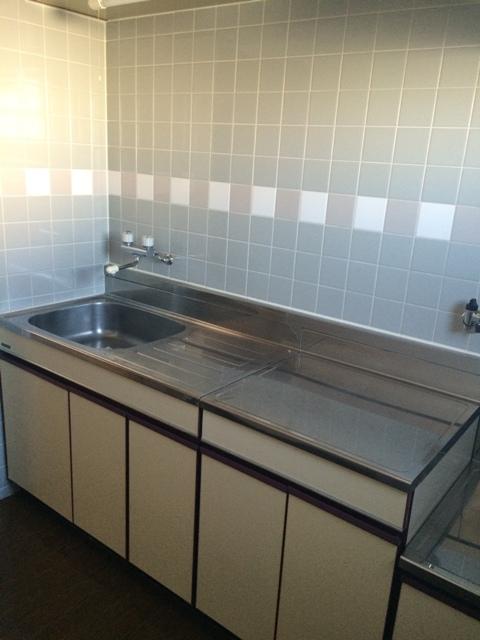 三鈴シティ 503号室のキッチン