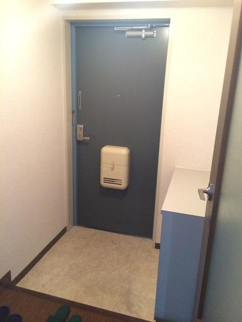 三鈴シティ 503号室の玄関