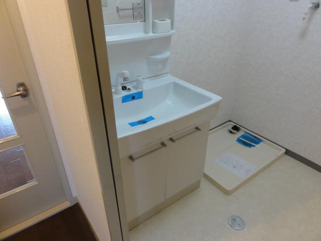 レジディア日比野 1305号室の洗面所