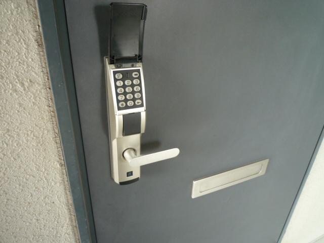 レーヴェ K&M 4C号室のセキュリティ