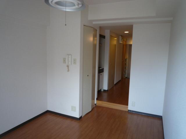 レーヴェ K&M 4C号室のベッドルーム