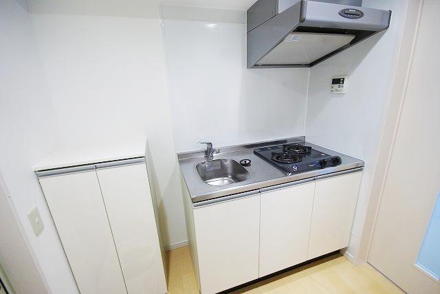 アーバンプレイス 103号室のキッチン