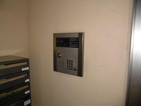 La Zona rosa 106号室のセキュリティ