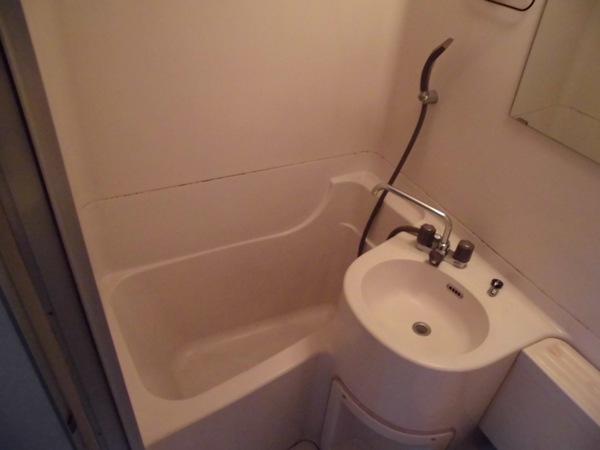 イヌカイビル 503号室の風呂