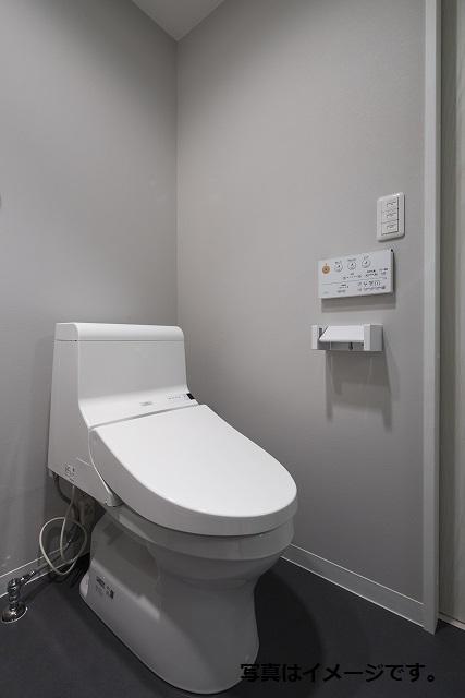 クレア露橋 102号室のトイレ