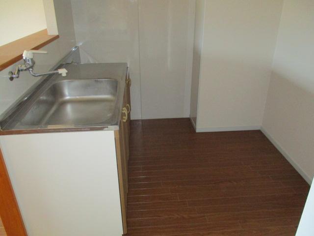 カトウハイツ 203号室のキッチン