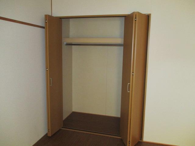 カトウハイツ 203号室の収納