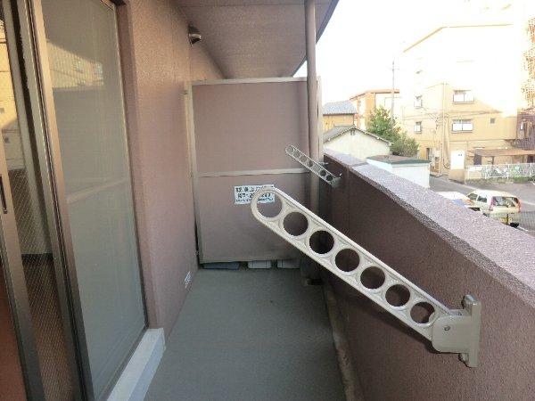 プリミエール JYOJYO 601号室のバルコニー