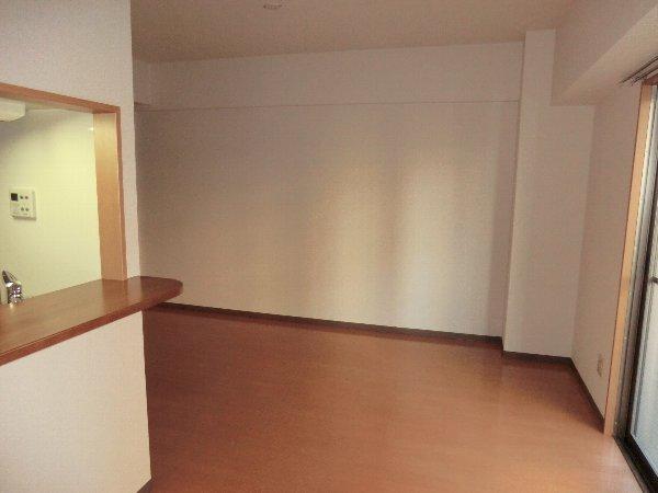 プリミエール JYOJYO 601号室のリビング