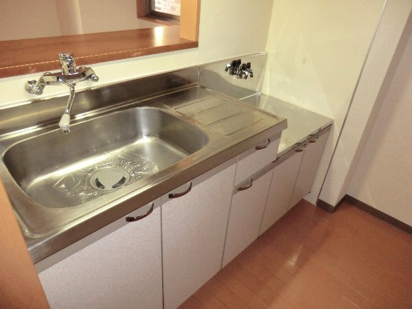 プリミエール JYOJYO 601号室のキッチン