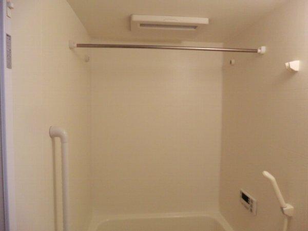 プリミエール・レンナ 201号室の風呂