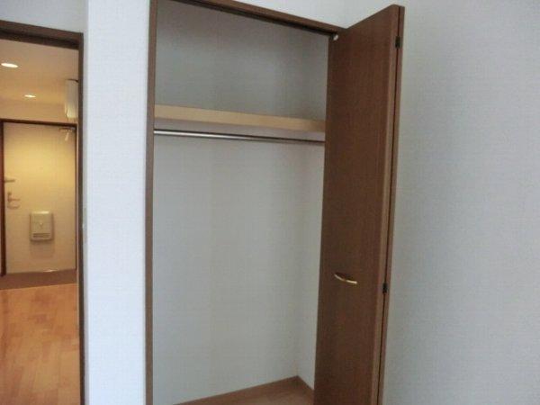 プリミエール・レンナ 201号室の収納