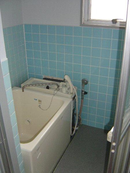 柏原農住団地S棟 2D号室の風呂