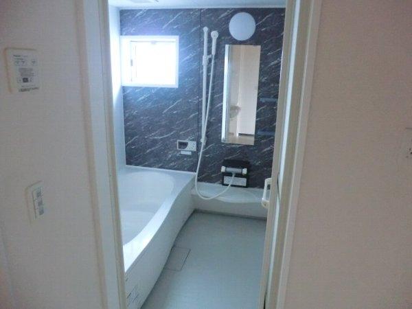 ル・クプル A棟・B棟 B201号室の風呂