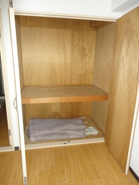ヒルズ喜多山 405号室の収納