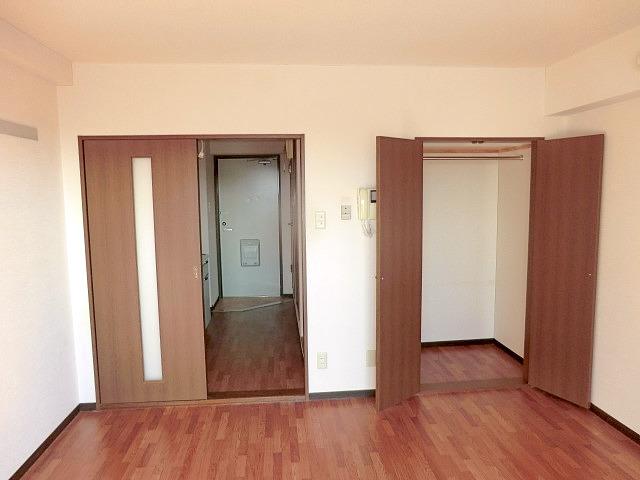 メルヴェーユ小幡Ⅱ 505号室の居室