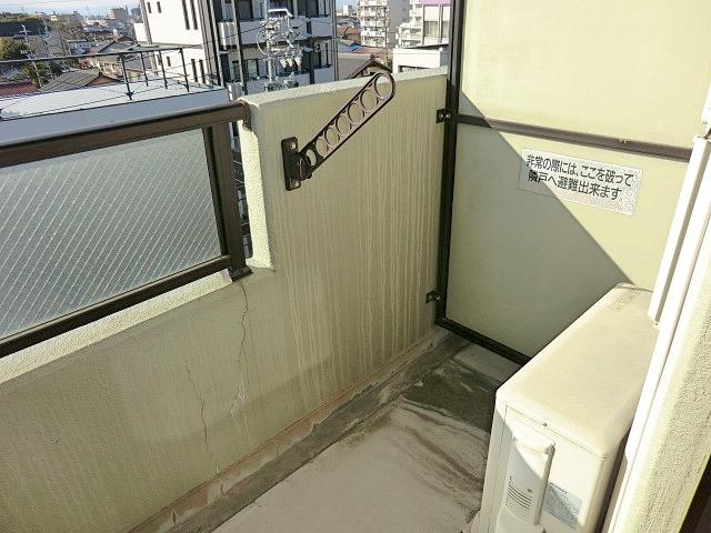 メルヴェーユ小幡Ⅱ 505号室のバルコニー