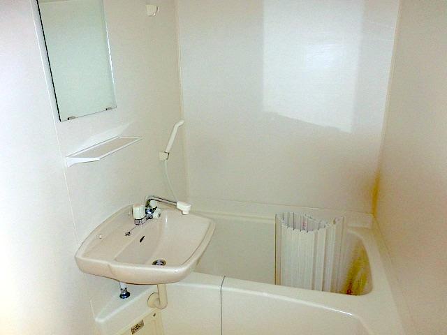 メルヴェーユ小幡Ⅱ 505号室の風呂