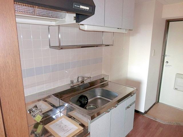 メルヴェーユ小幡Ⅱ 505号室のキッチン