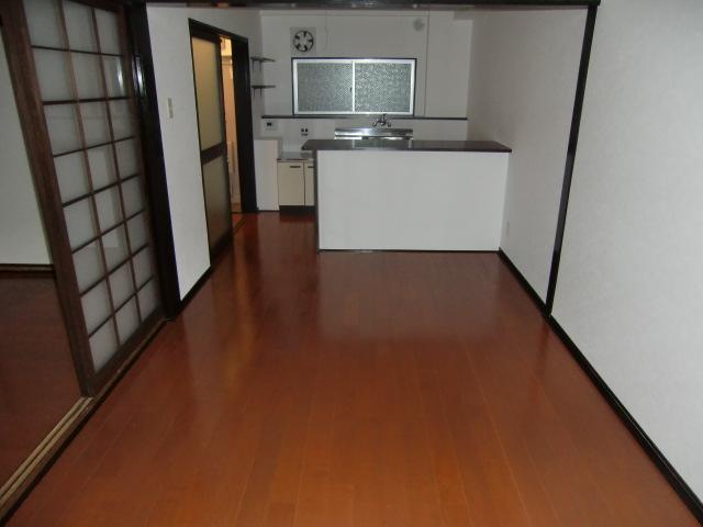 羽田マンション 514号室のリビング