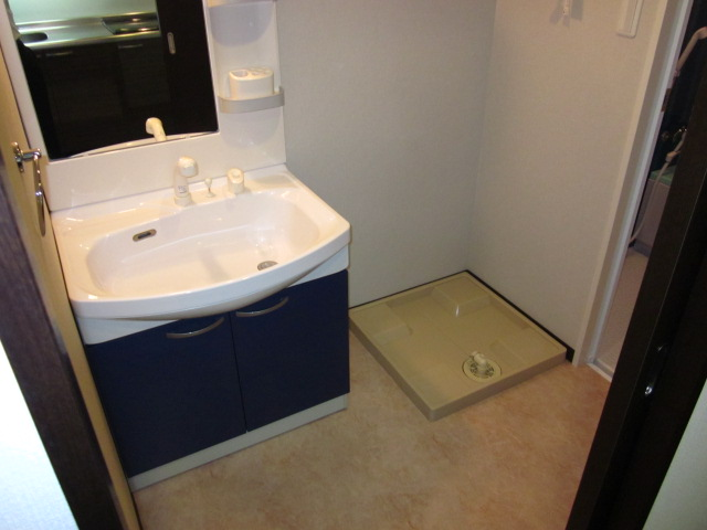 キャッツスルヒルズ柳ケ瀬 1001号室の洗面所