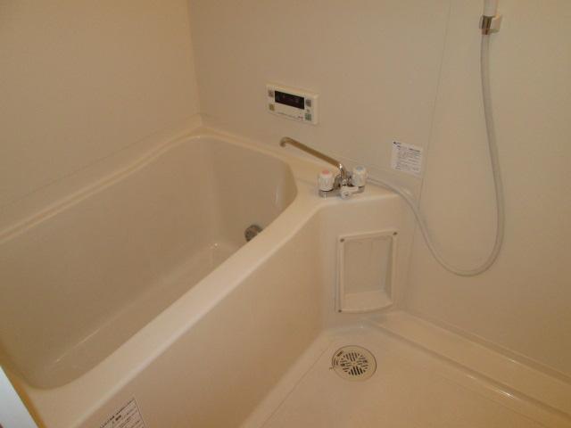 メゾンパラディ 2C号室の風呂