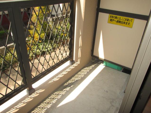 メゾンパラディ 2C号室のバルコニー