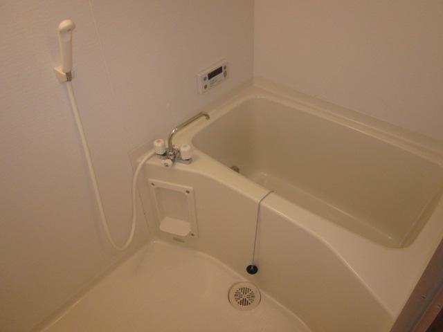 コアロードⅠ 102号室の風呂