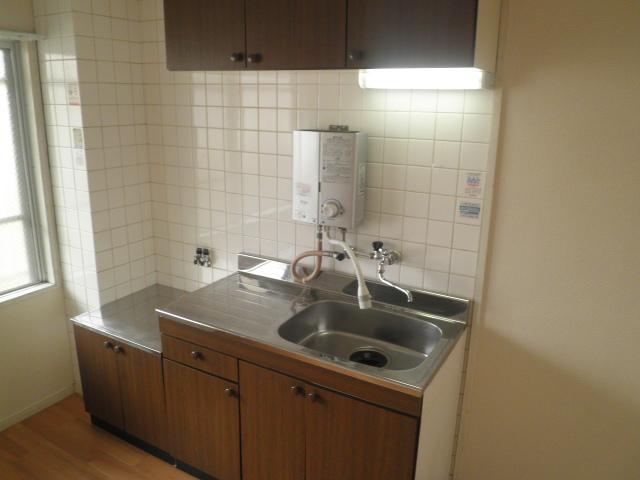 山久ビル 201号室のキッチン